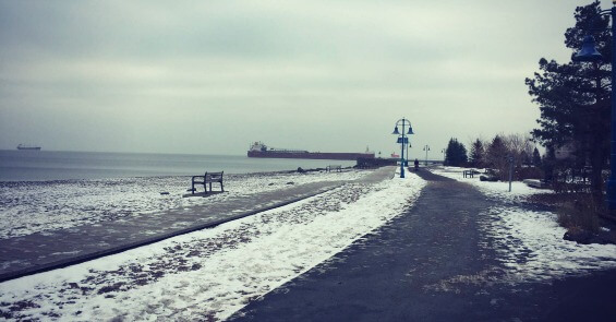 best-places-to-run-in-Duluth-Lakewalk-Winter
