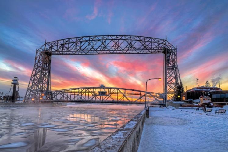 img_2015-10_aerial-bridge-winter-sunset--duluth_X